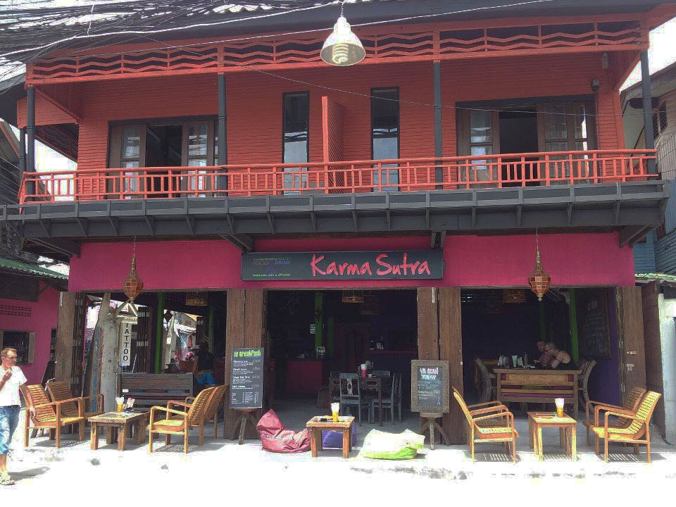 photo 10 English mansion for rent in Koh Samui thailand French bar and restaurant Thai Karma Sutra