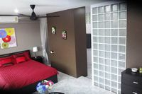 hire studio with double bed with bathroom